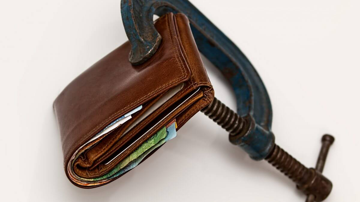 wallet in a vice